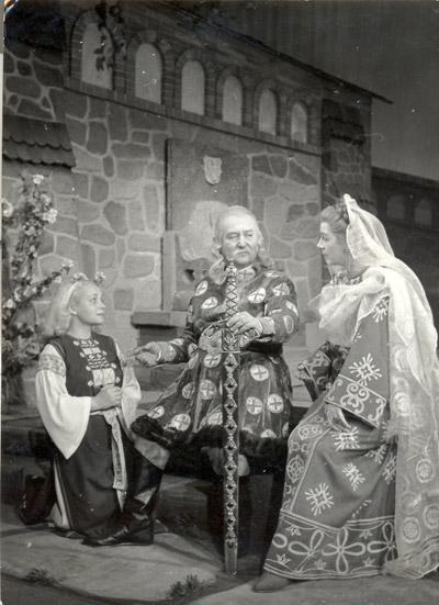"""""""Apus de soare"""", 1956, cu George Calboreanu, Elvira Godeanu şi Eugenia Popovici"""